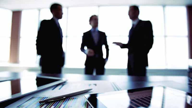 Работа коллектора с должниками: задачи и способы