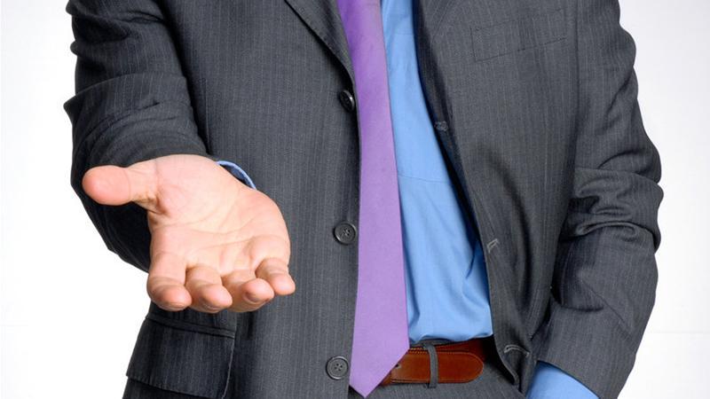 Избавляемся от звонков коллекторов: как быть, если долг не ваш