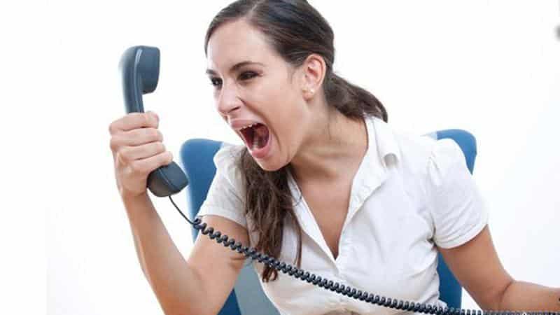 как отвечать коллекторам по телефону