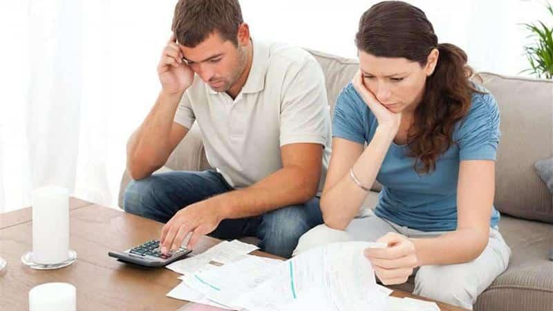 звонки знакомым должника с банка