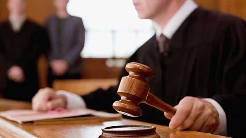 с заявлением о признании должника банкротом в арбитражный суд может обратиться