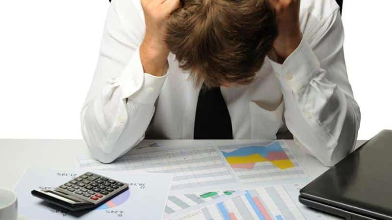 Как вылезти из долговой ямы по кредитам, если негде взять денег
