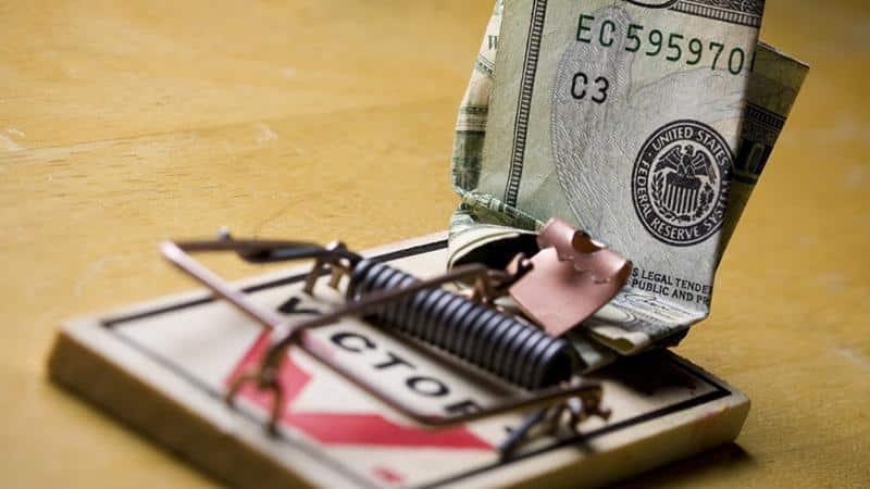 Как выйти из долговой ямы по кредитам в разных банках