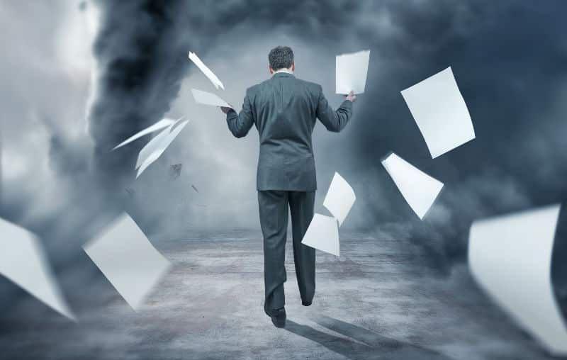 ликвидация ооо с долгами перед налоговой как закрыть организацию
