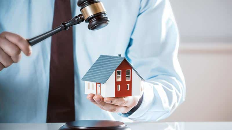 Выселение из муниципальной квартиры за долги по квартплате: исключения