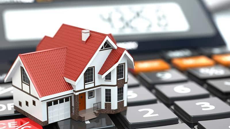 Долги по квартплате и выселение: как быть собственнику квартиры