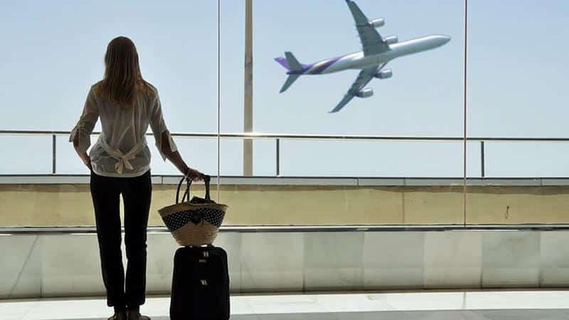 Как вылететь за границу с долгами из Минска