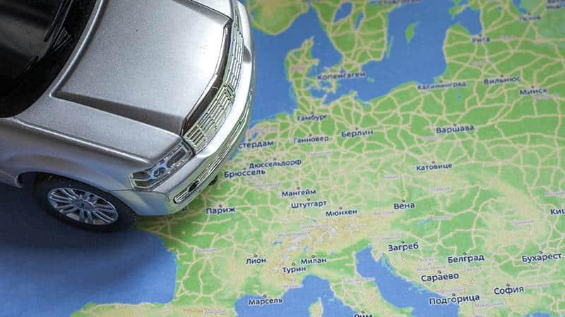 Можно ли с долгами выехать за границу через Белоруссию и другие страны