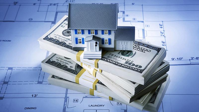 Долги по квартплате: как выписаться из квартиры