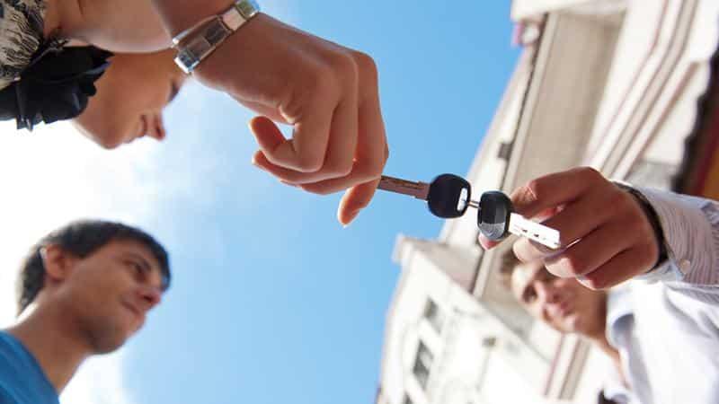 Оспаривание сделок должника при банкротстве физических лиц: практика