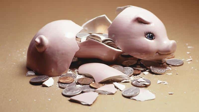 Кого не выпускают за границу за долги: банкроты