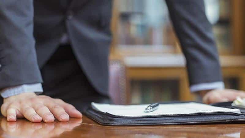 Юрист по банковским долгам: преимущества сотрудничества