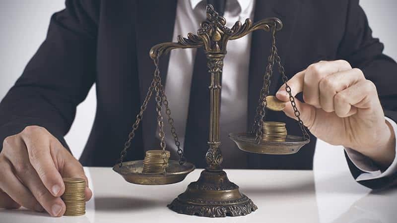 Нюансы юридической помощи по кредитным задолженностям в суде