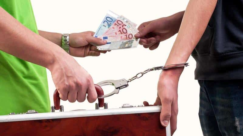 Переуступка права требований долга между юридическими лицами