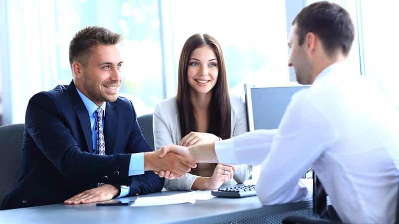 Помощь должникам по кредитам: первая консультация