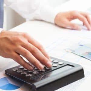 по каким правилам надо рассчитывать отчисления в резерв по сомнительным долгам в бухгалтерском учете