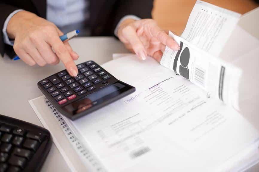 обязательно ли формировать резерв по сомнительным долгам в бухучете