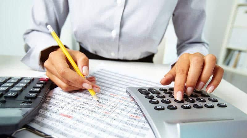 Как происходит создание резерва по сомнительным долгам в налоговом учете?