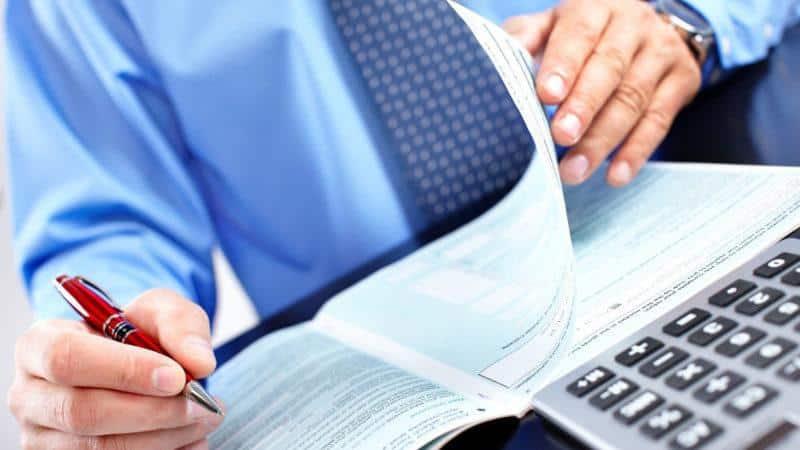 Перечисление денег поставщикам с расчетного счета в погашение задолженности
