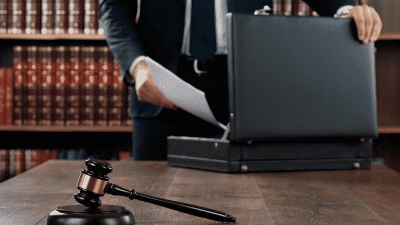 Взыскание задолженности через суд (проводки)