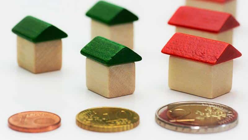 деньги и домики
