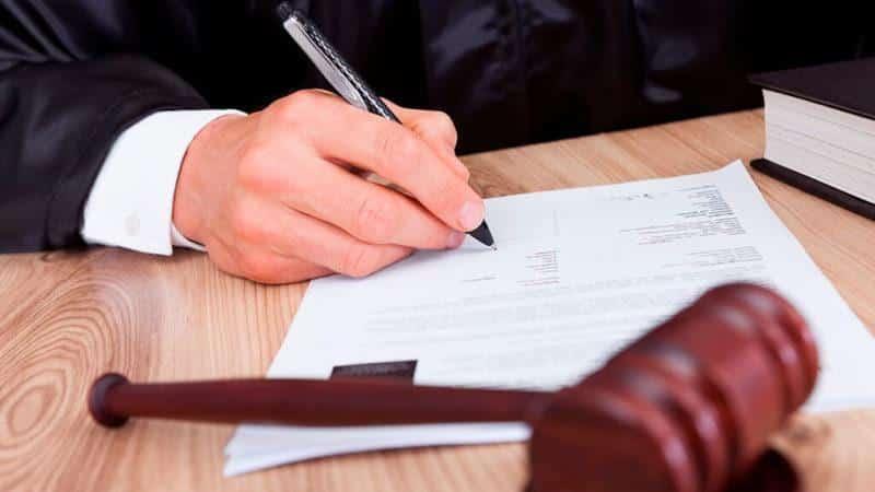 Как бороться с должниками в ТСЖ?
