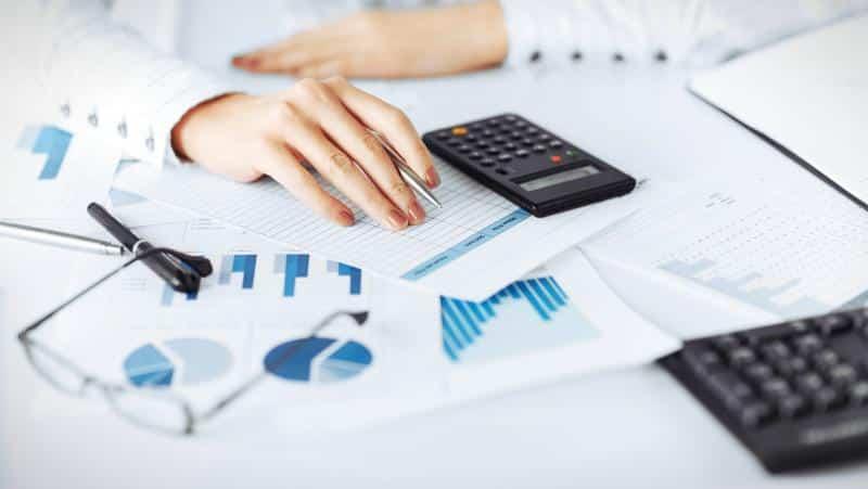 документы и калькулятор