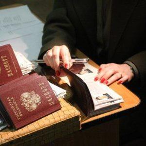 Можно ли сделать временную регистрацию или прописку если есть долг за квартиру?