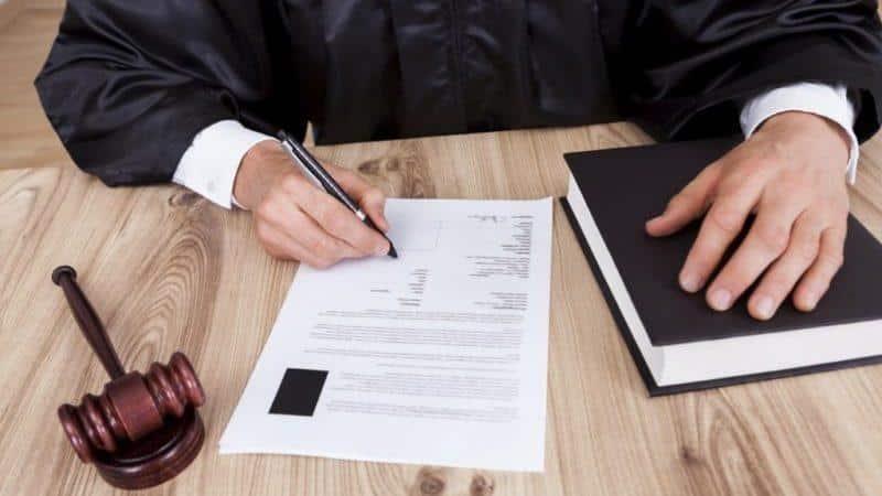 Порядок взыскания долга судебными приставами по решению суда