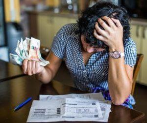 Что делать если не берут на работу из-за долгов у приставов