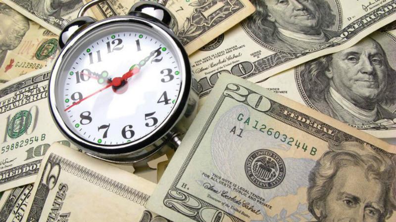 деньги и часы