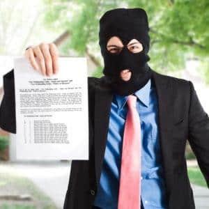 Нечем платить ипотеку - стоит ли скрываться и что будет