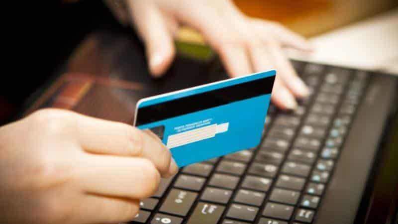 Что делать если оплатил задолженность через Сбербанк Онлайн а задолженность осталась?