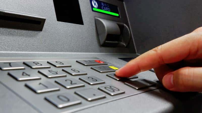 Инструкция как перевести деньги с карты на карту в Росбанке
